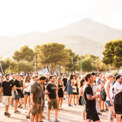 Público esperando el comienzo de las actuaciones en el escenario Las Palmas  FIB 2018