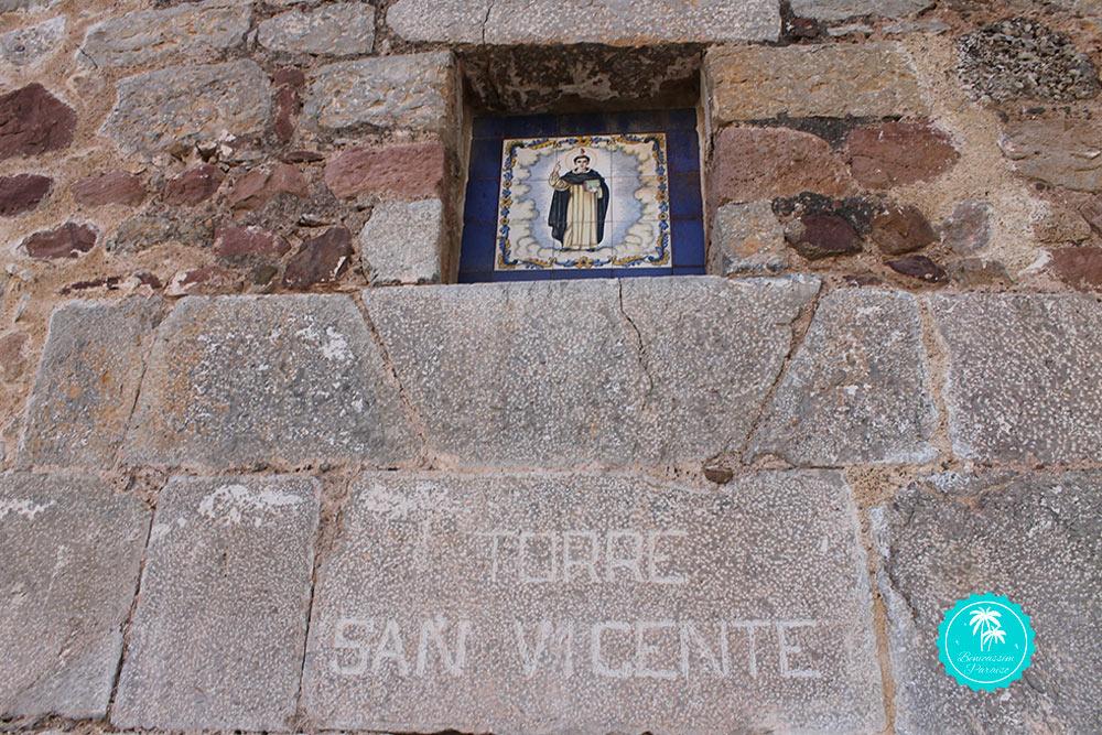 Retablo cerámico San Vicente
