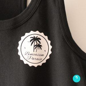 Camiseta Benicàssim negra chica nadador diseño logo frontal