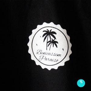 Camiseta Benicàssim negra chico mangas diseño logo frontal