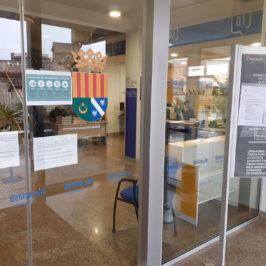 Ayuntamiento de Benicàssim cerrado al público