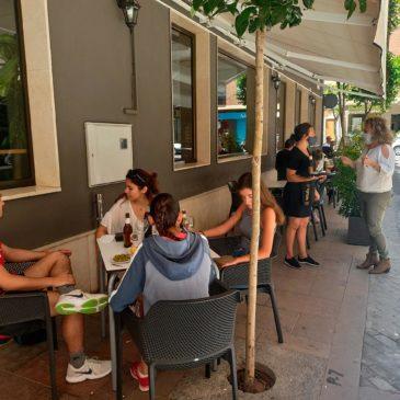 Benicàssim inicia la Fase 1 permitiendo la ampliación de terrazas de los establecimientos
